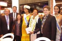 Salon du tourisme IFTM Top Resa:  la ministre des Outre-mer visite le stand de Tahiti et ses îles