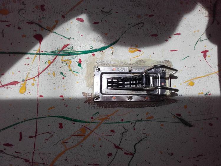 Un auto-videur vu de l'intérieur du va'a