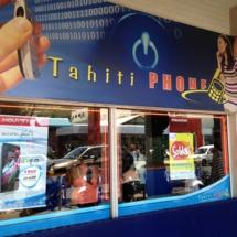 Alors que le rachat de Tahiti Phone par Tikiphone, filiale à 100% de l'OPT est évoqué depuis 2010 mais repoussé régulièrement, en 2013, l'opération est menée tambour battant et bouclée en 15 jours, directement par le conseil d'administration de l'OPT. La filiale Tikiphone avait pourtant émis des réserves mais elles ont été passées sous silence au CA de l'OPT.