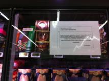 Les panneaux placardés sur les armoires réfrigérées d'une grande surface commerciale de Tahiti prévenaient les consommateurs.