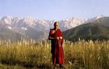 """Le dalaï-lama préoccupé par les effets du réchauffement sur """"le toit du monde"""""""