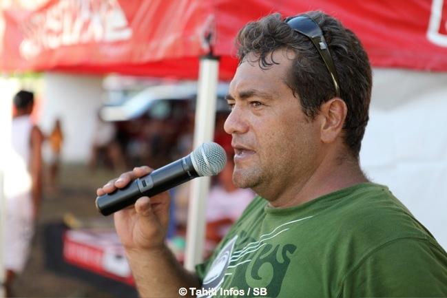 Lionel Teihotu, le président du Taapuna Surf Club devient le nouveau président de la fédération tahitienne de surf, il succède à Philippe Klima