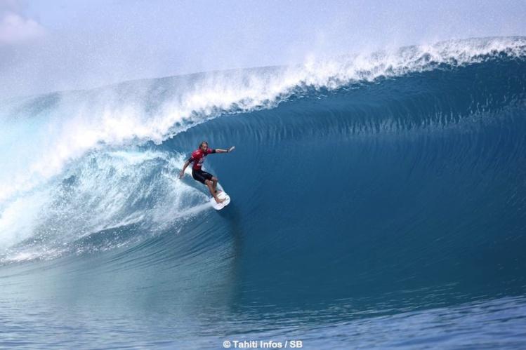 Le surf, représente un potentiel économique certain. (Owen Wright en 2014)