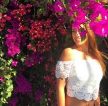 Une fleur parmi les fleurs, en Nouvelle Calédonie l'été dernier ( Facebook)