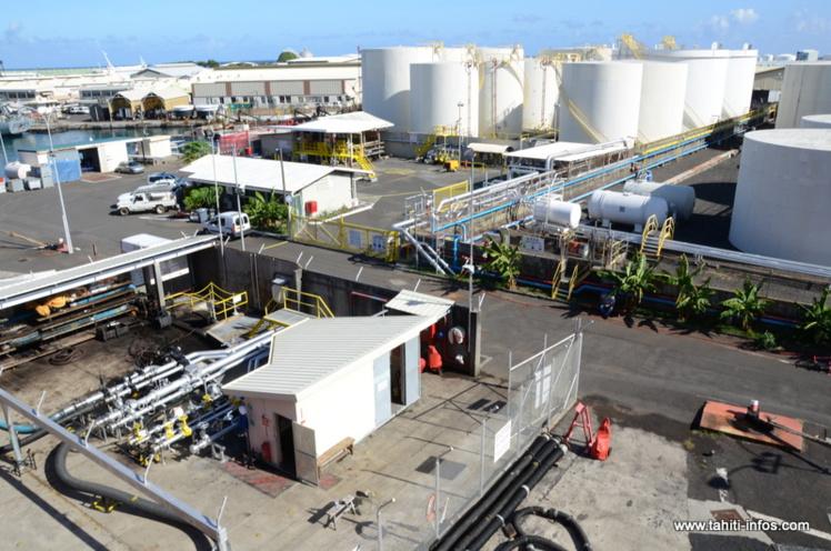 Les dépôts d'hydrocarbures de Fare Ute doivent être déplacés vers la zone récifale Est du port d'ici 2020.