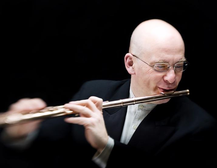Hervé Hotier enseigne depuis 2004 au Conservatoire à rayonnement régional de Clermont-Ferrand.