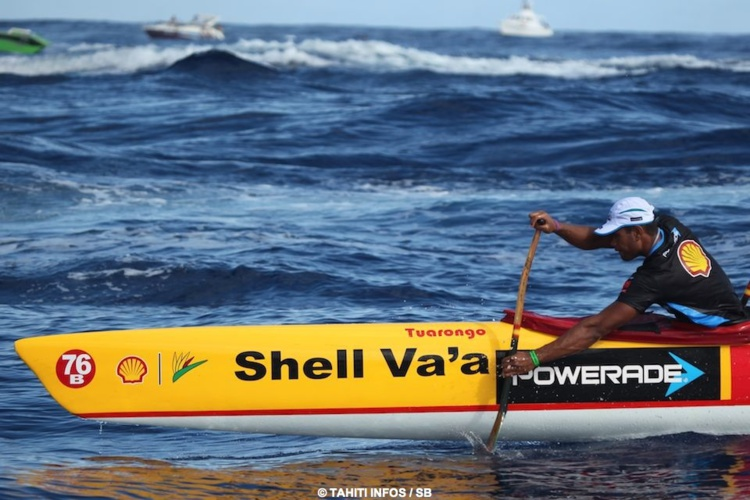 Hiromana Florès est le Fa'ahoro de Shell Va'a, il donne la cadence à l'équipe.