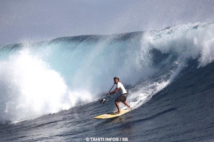 Caio Vaz, le Brésilien est le nouveau n°1 de la discipline, ici à Tahiti lors de la Sapinus Pro 2015