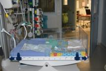 18 enfants ou de fœtus atteints de malformations du système nerveux central ont été identifiés entre mars 2014 et mai 2015. Il y a eu deux décès, dix interruptions médicales de grossesse, six enfants sont vivants avec des anomalies neurologiques de niveau variable.