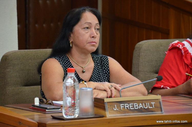 Joëlle Frébault avait été élue en mai 2013 sur la liste souverainiste de l'UPLD, dans la section des îles Marquises.