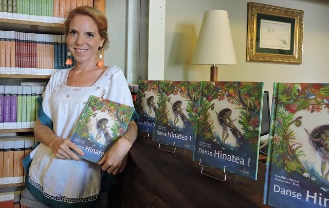 L'histoire de Hinatea, écrite par Annelise Heurtier, est l'occasion de parler avec les plus jeunes de la prise de distance et de la dédramatisation face aux différentes épreuves de la vie courante.