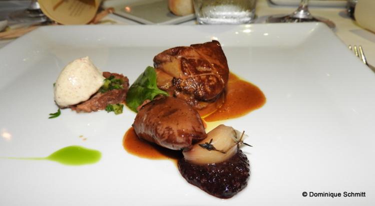 Foie gras poêlé sur une tarte fine aux cèpes