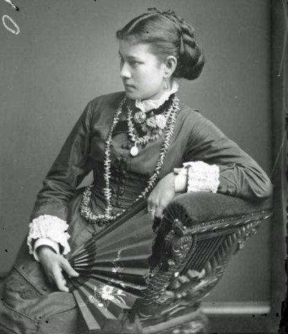 Phœbe Parkinson, née Coe, sœur de la reine Emma, qui fut son bras droit sur sa plantation.