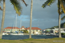 La marina d'Utoroa à Raiatea.