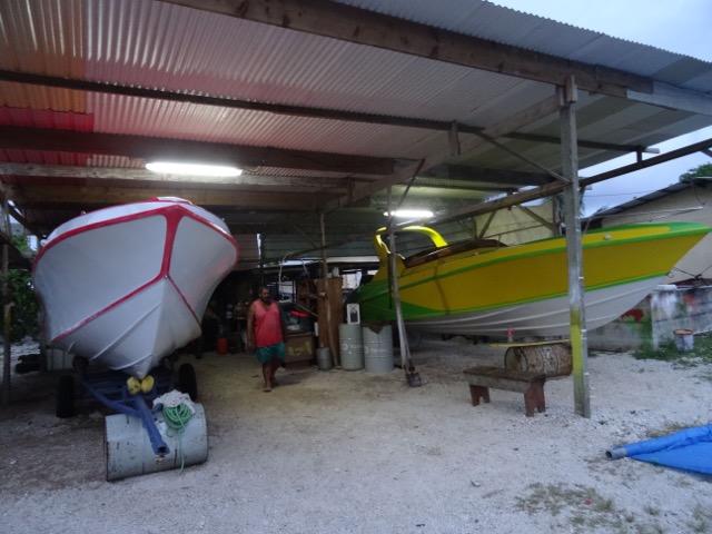 Durant 32 ans, Paul a fabriqué une vingtaine de bateaux allant de 17 pieds à 40 pieds