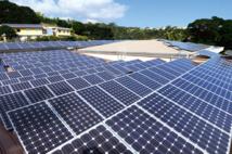 Pour le syndicat polynésien des énergies renouvelables (Sper), ce n'est pas le principe du paiement de la redevance qui met les producteurs d'énergie solaire en colère mais le sentiment qu'ils vont payer deux fois à EDT pour le même service puisqu'ils s'acquittent déjà d'une redevance de gestion et d'exploitation (prime d'abonnement) et paient aussi  des frais de mise en œuvre pour le raccordement de l'installation au réseau public d'électricité.