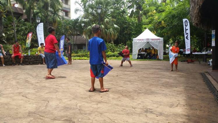 Coxi Bola, un nouveau jeu de balles pour le plein air