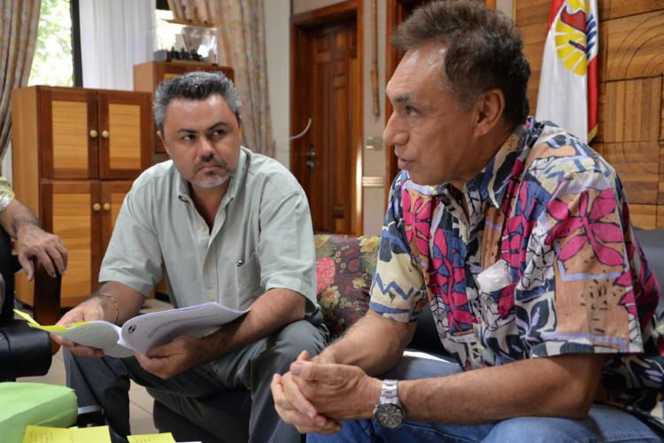 Tepuanui Snow et Hanny Tehaamatai, du CESC, ont présenté le rapport sur les patentés le 20 janvier