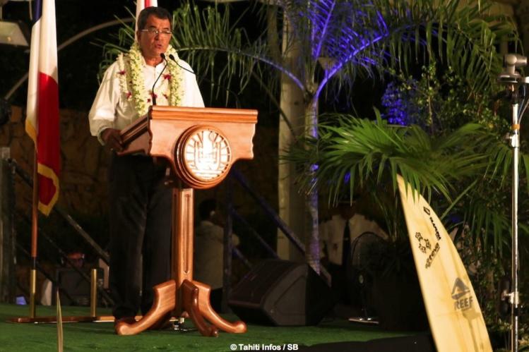 Le Président du Pays a tenu à féliciter les surfeurs présents