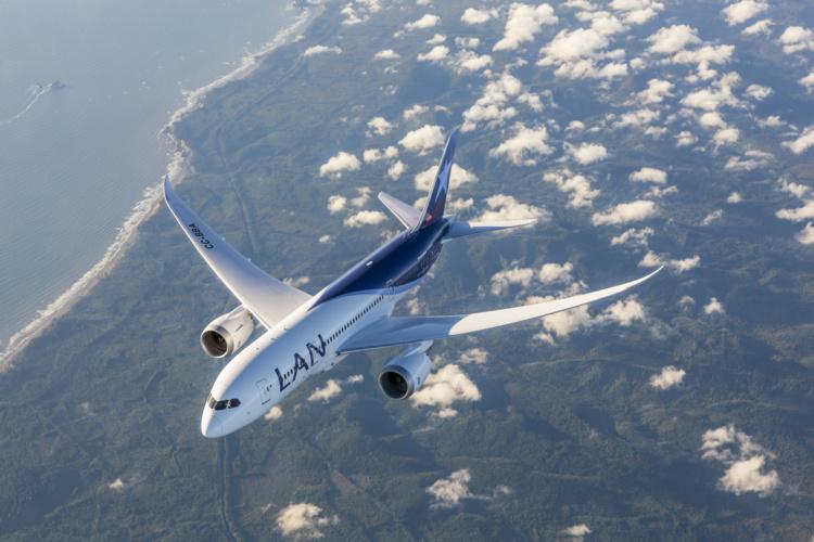 Le Dreamliner 787-9 de Lan Chile à Papeete