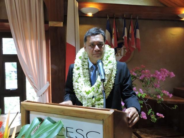 Winiki Sage a été élu au second tour par 27 voix face à Eugène Sommers (CSIP) qui a recueilli 7 voix et au président sortant Angelo Frébault (CSTP-FO) qui a obtenu 12 voix.