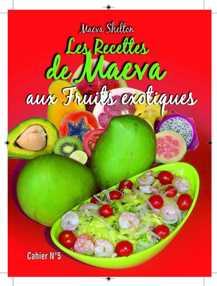 """Maeva Shelton dédicacer son nouveau """"petit cahier"""" destiné aux gourmands """"bio""""."""