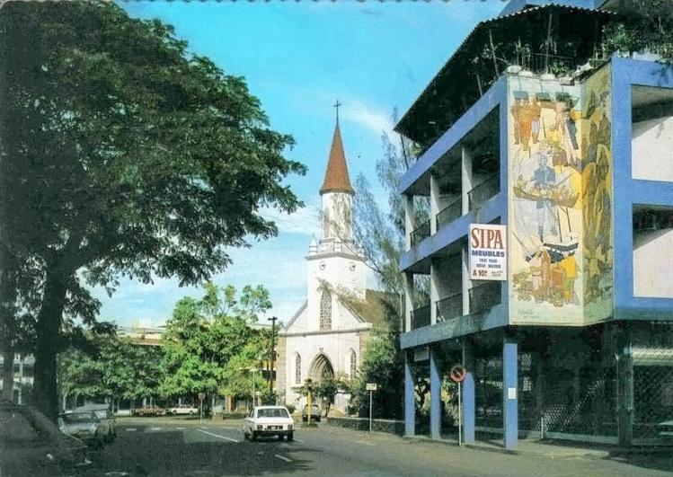 La rue de Rivoli vers 1970