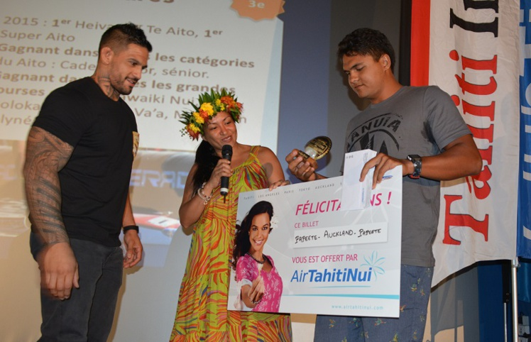 Stéphane Debaere remporte le Tahiti Infos ATN Challenge