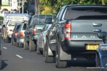 100 000 véhicules transitent chaque jour au centre-ville de Papeete. La visite présidentielle du lundi 22 février promet une belle pagaille pour la circulation automobile.
