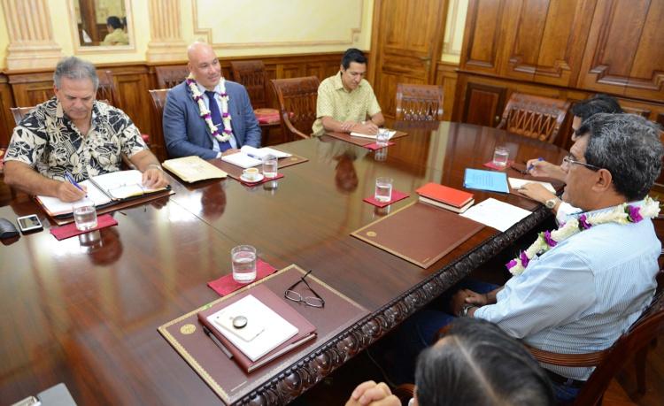 Le Président Edouard Fritch rencontre le Consul général de la Nouvelle-Zélande à Nouméa