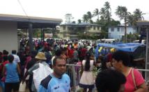 La population se met à l'abri dans des centres d'évacuation.
