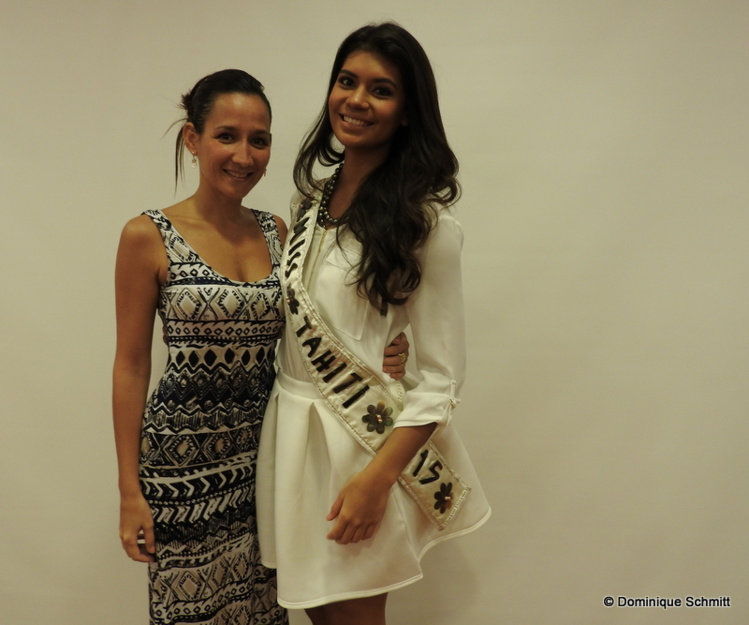 Leiana Faugerat, la directrice du comité Miss Tahiti, aux côtés de Vaimiti Teiefitu, la reine de beauté en titre.