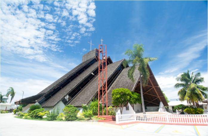 Eglise Saint-Etienne de Punaauia, Tahiti