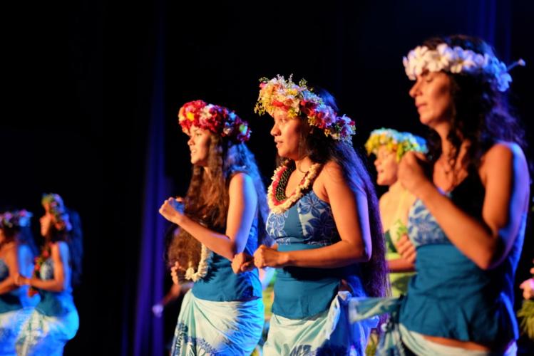 Cette soirée en l'honneur des femmes marque par ailleurs l'entente artistique et solidaire entre les sections classique et traditionnelle du Conservatoire.