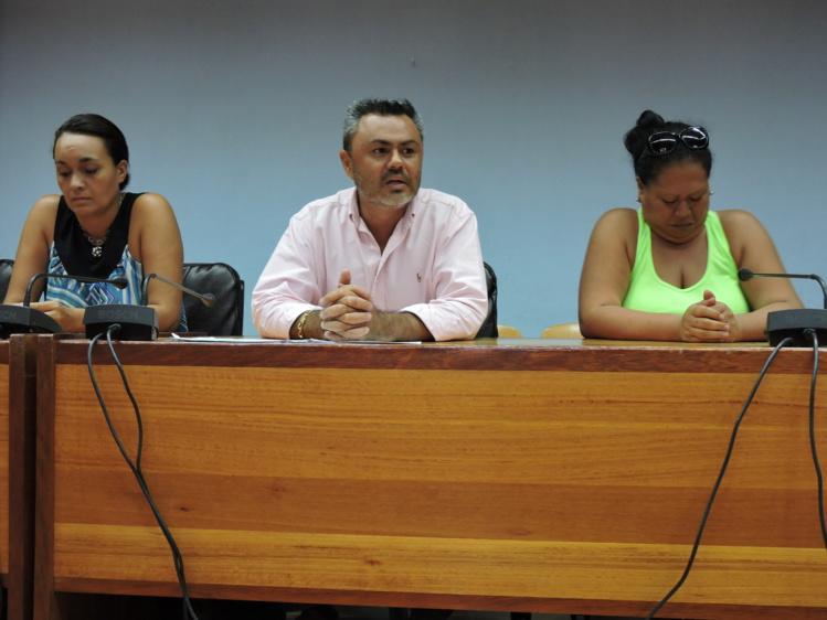 Les parents d'élèves de Papara se battent pour la gratuité de la cantine pour les élèves relevant du RST et du complément familial