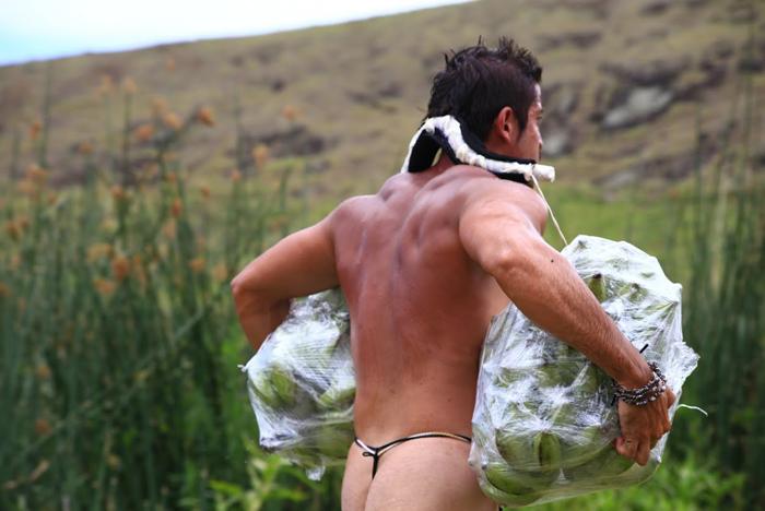 Course de porteur de fruit autour du volcan de l'île (crédit : Jonathan Martins Torres)