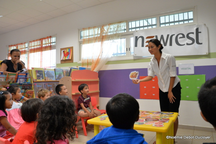 Les enfants apprennent à bien manger à Papara