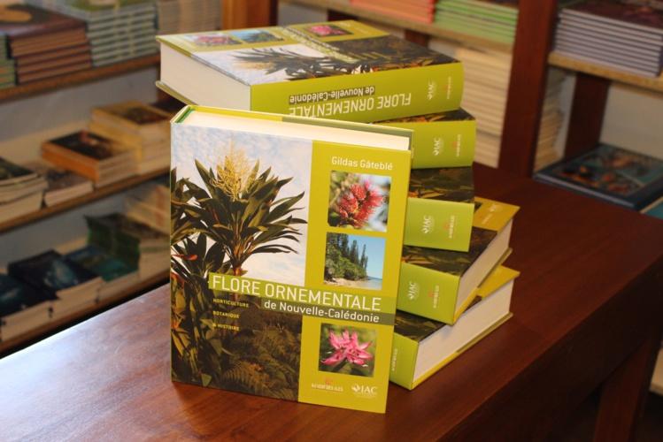 Sept cents belles plantes mises à nu
