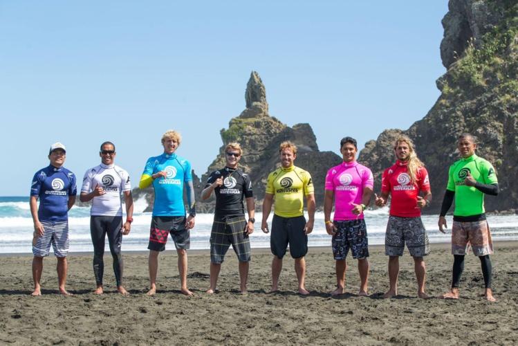 Les 8 athlètes vont maintenant devoir affronter les épreuves de surf © Scott Sinton