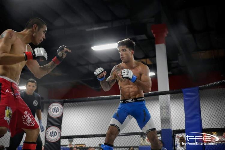 Raihere Dudes, spécialiste du combat debout