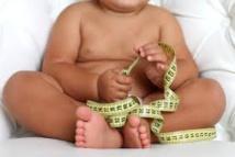 Les femmes obèses ou diabétiques donnent souvent naissance à des enfants trop gros