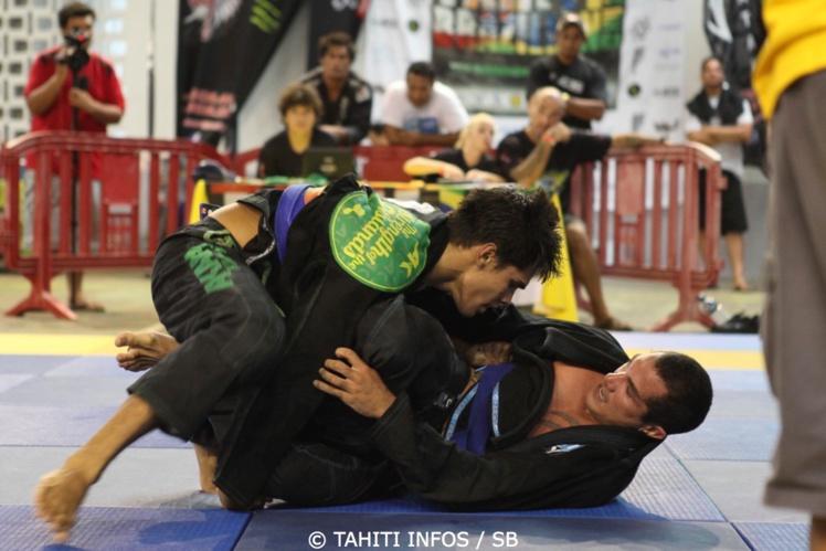Tumaui Nordman champion de jiu jitsu et maintenant de lutte