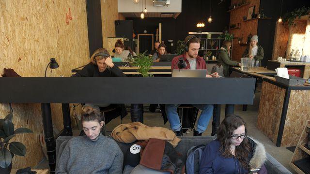 Le café Gab dans le centre de Montréal où le client est facturé au temps passé et non à la consommation, le 3 mars 2016. AFP