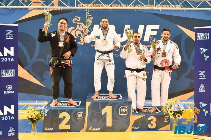 Dany Gérard a réalisé un de ses rêves, partager un podium avec son idole Andre Galvao