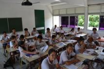 Les élèves de la 5e7 ont travaillé mardi matin avec Tahiti Infos.