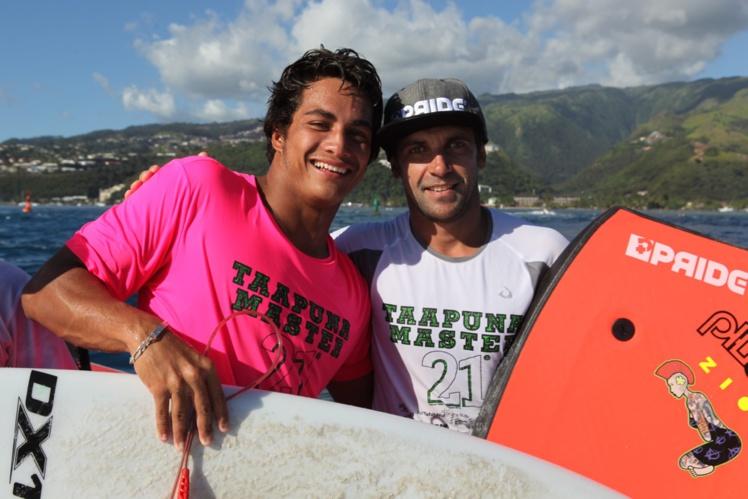 Nicolas Richard, ici avec Mihimana Braye, lors de sa victoire au Taapuna Master 2015