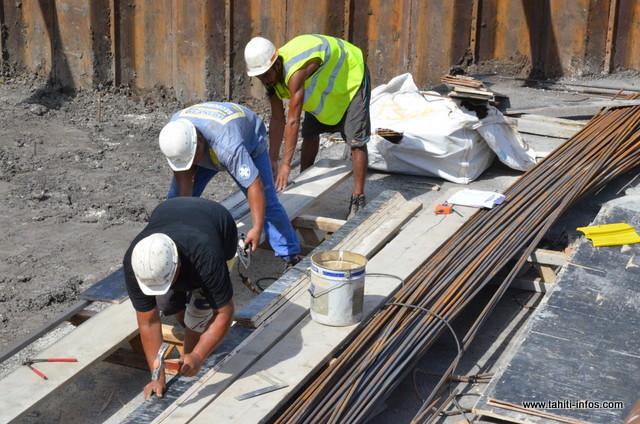 Bâtiment : l'emploi se redresse en 2015