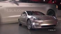 Voitures électriques: 325.000 Model 3 de Tesla réservées en une semaine