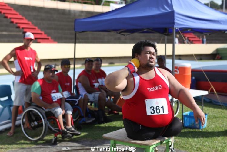 Christian Chee Ayee a lancé à plus de 9 mètres