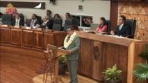 Edouard Fritch à la tribune de l'assemblée de Polynésie française ce jeudi matin.